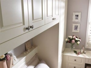 Bridging unit for optimum storage space in our classic Chelsea range and alabaster finish