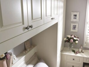 Chelsea range in an alabaster finish; fitted bridging unit above the bed
