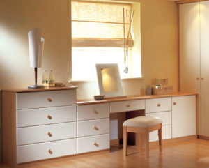 Smart use of space with a fitted dressing table
