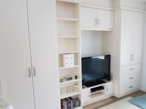 Fitted lounge furniture/storage