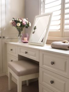 vintage style fitted dressing table